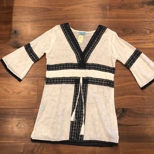 LeTarte tunic cover-up. White with black lace trim